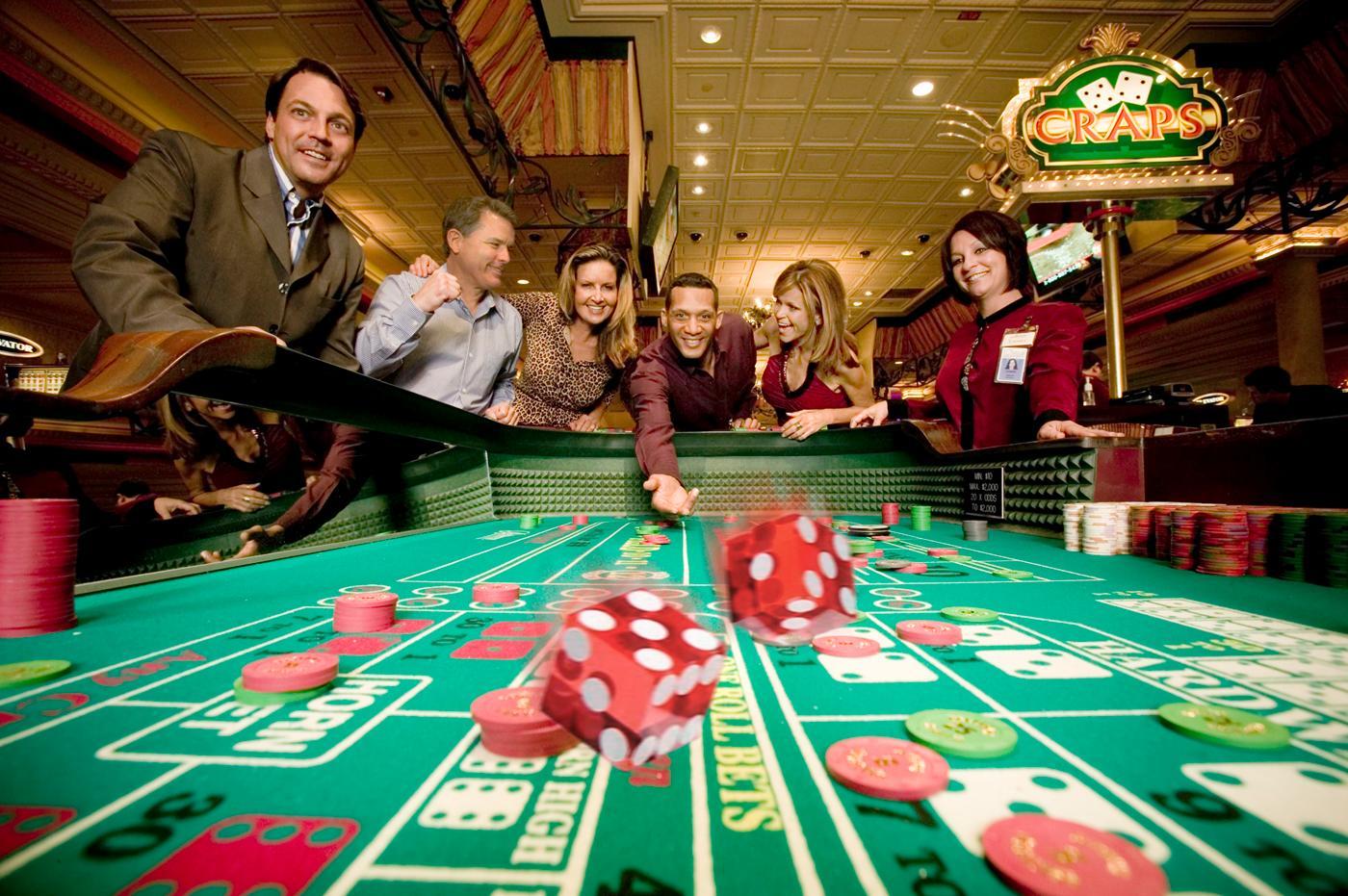 Jeux casino: pourquoi jouer sur son téléphone mobile?