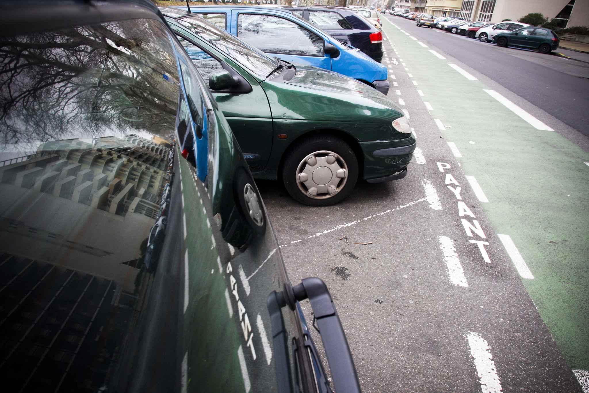 J'ai loué un parking pour éviter les problèmes de voiture